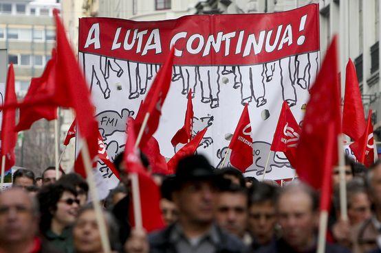 Portugal. Le pays paralysé par une grève générale contre l'austérité (OF) dans Austérité 170613_luta