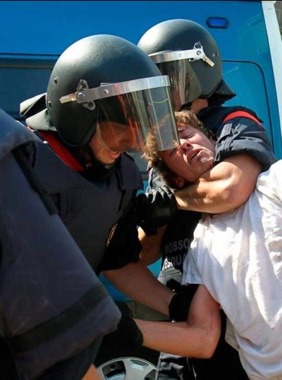 160611_spanishpolice2