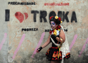 050814 troika