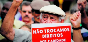 051214 protestopunho