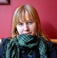 Helena Embade