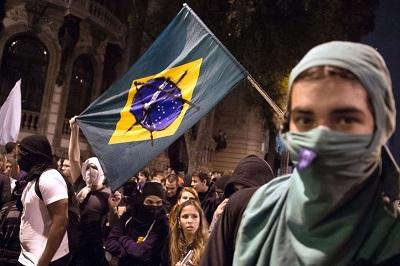 Image result for sentenças contra 23 anarquistas por distúrbios no Rio de Janeiro em 2013-2014