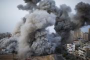 010814 Gaza bombardeio