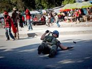301210_haiti_soldado