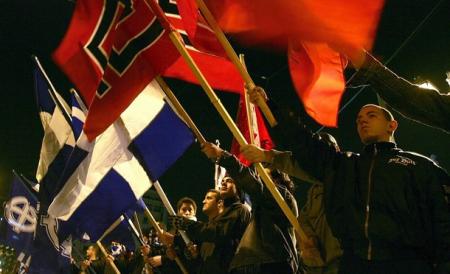 240812 fascistas gregos2